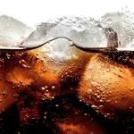 Napoje gazowane i słodkie soki owocowe uszkadzają mózg