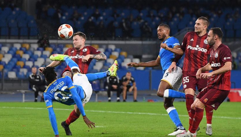 Napoli - Legia. Pół minuty wszystko zmieniło! Legia wciąż liderem w Lidze Europy