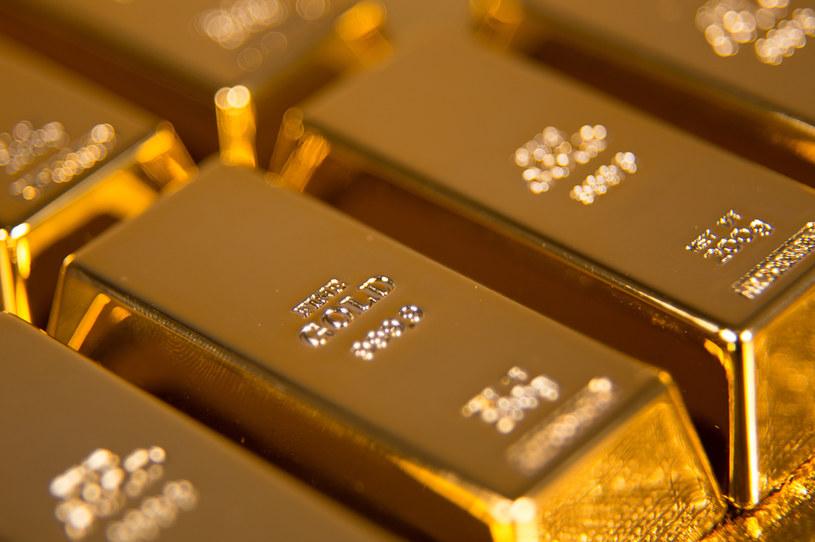 Narodowy Bank Polski zwiększył zasoby złota /123RF/PICSEL