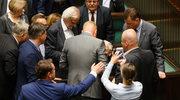 Naruszenie nietykalności cielesnej w Sejmie? Poseł rozważa zawiadomienie