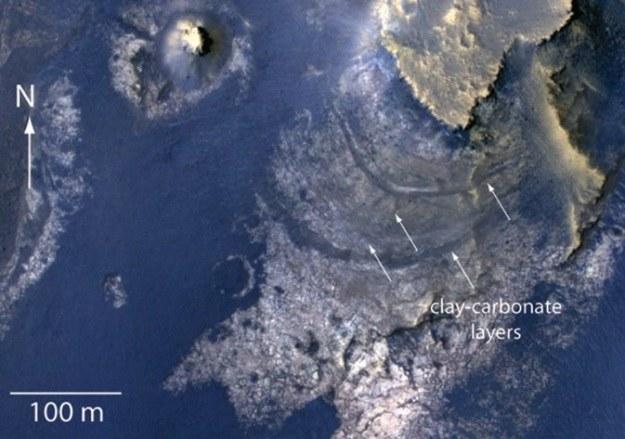 NASA odkryła ślady po dawnym marsjańskim jeziorze zasilanym z wód podziemnych /NASA