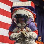 NASA opóźni misję na Księżyc? Powodem skafandry kosmiczne