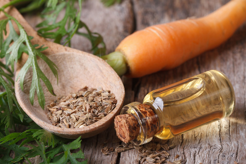 Nasiona marchwi skrywają w sobie niezwykłe odżywcze właściwości /123RF/PICSEL