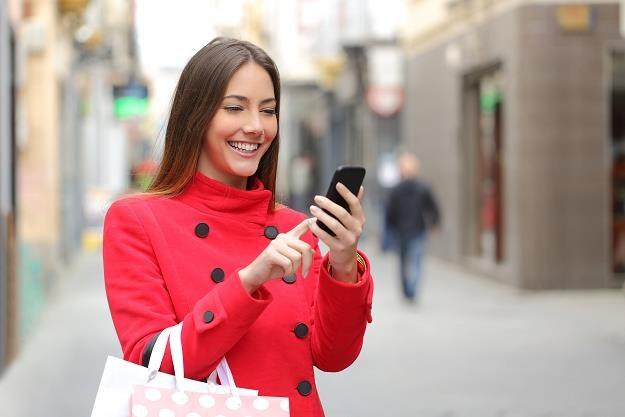 Nastąpiło zniesienie ograniczeń w roamingu w Unii Europejskiej /©123RF/PICSEL