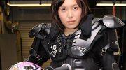 Nastolatka na motocyklu