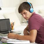 Nastolatkowie zapamiętują inaczej niż dorośli
