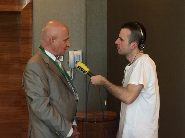 Nasz dziennikarz Michał Dobrołowicz podczas rozmowy z prof. Piotrem Hoffmanem, prezesem Polskiego Towarzystwa Kardiologicznego /RMF FM