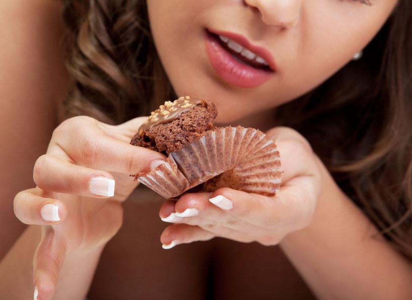 Nasz mózg lubi słodycze... /123RF/PICSEL