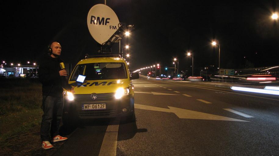 Nasz reporter Kuba Kaługa na DK 6 przy wjeździe do Lęborka. /Dariusz Proniewicz /RMF FM