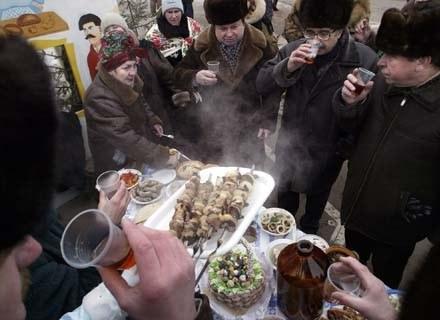 Nasza gościnność wadą? Ciekawe, co myślą o tym równie gościnni Rosjanie? /AFP
