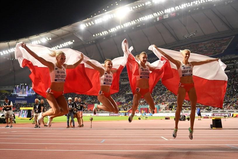 Nasza kobieca sztafeta 4x400 m: Justyna Święty-Ersetic, Małgorzata Hołub-Kowalik, Patrycja Wyciszkiewicz i Iga Baumgart-Witan /AFP