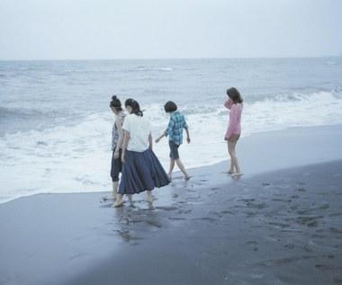 """""""Nasza młodsza siostra"""" [recenzja]: Małe kobietki"""