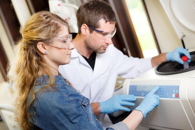Nasze instytuty badawcze nie wdrażają wynalazków /©123RF/PICSEL