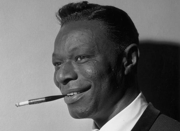 """Nat King Cole nagrał pierwszą wersję """"The Christmas Song"""" - fot. Express/Hulton Archive /Getty Images"""