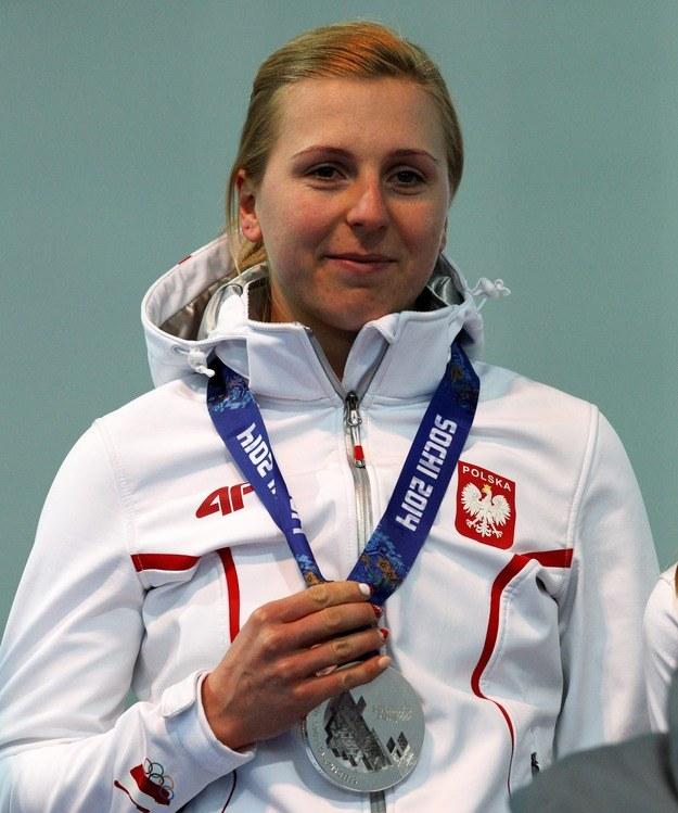 Natalia Czerwonka ze srebrnym medalem igrzysk olimpijskich w Soczi /Grzegorz Momot /PAP