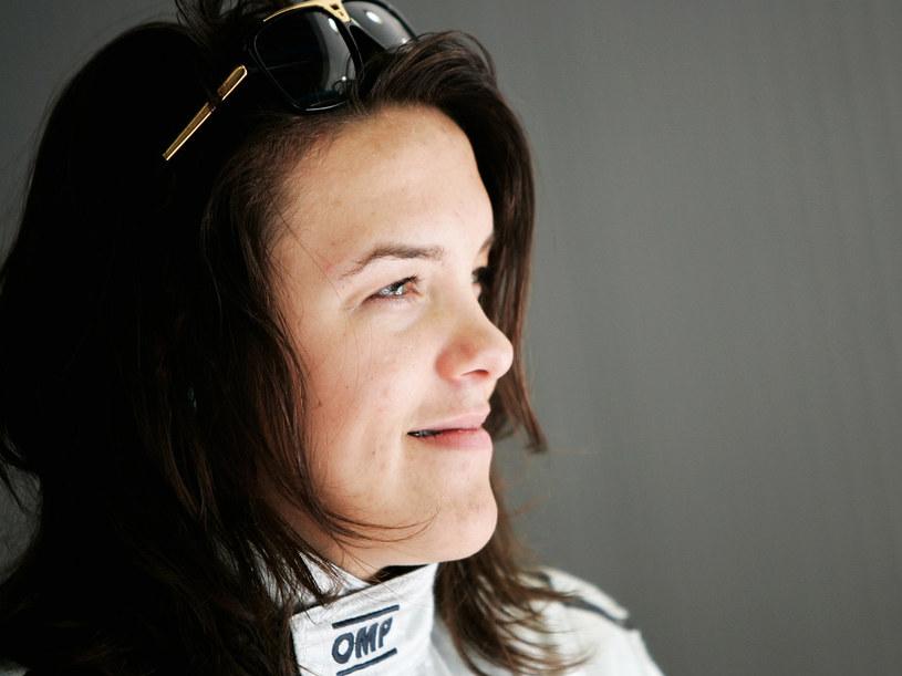 Natalia Kowalska udowadnia, że wyścigi samochodowe nie są już tylko męskim sportem  /materiały prasowe