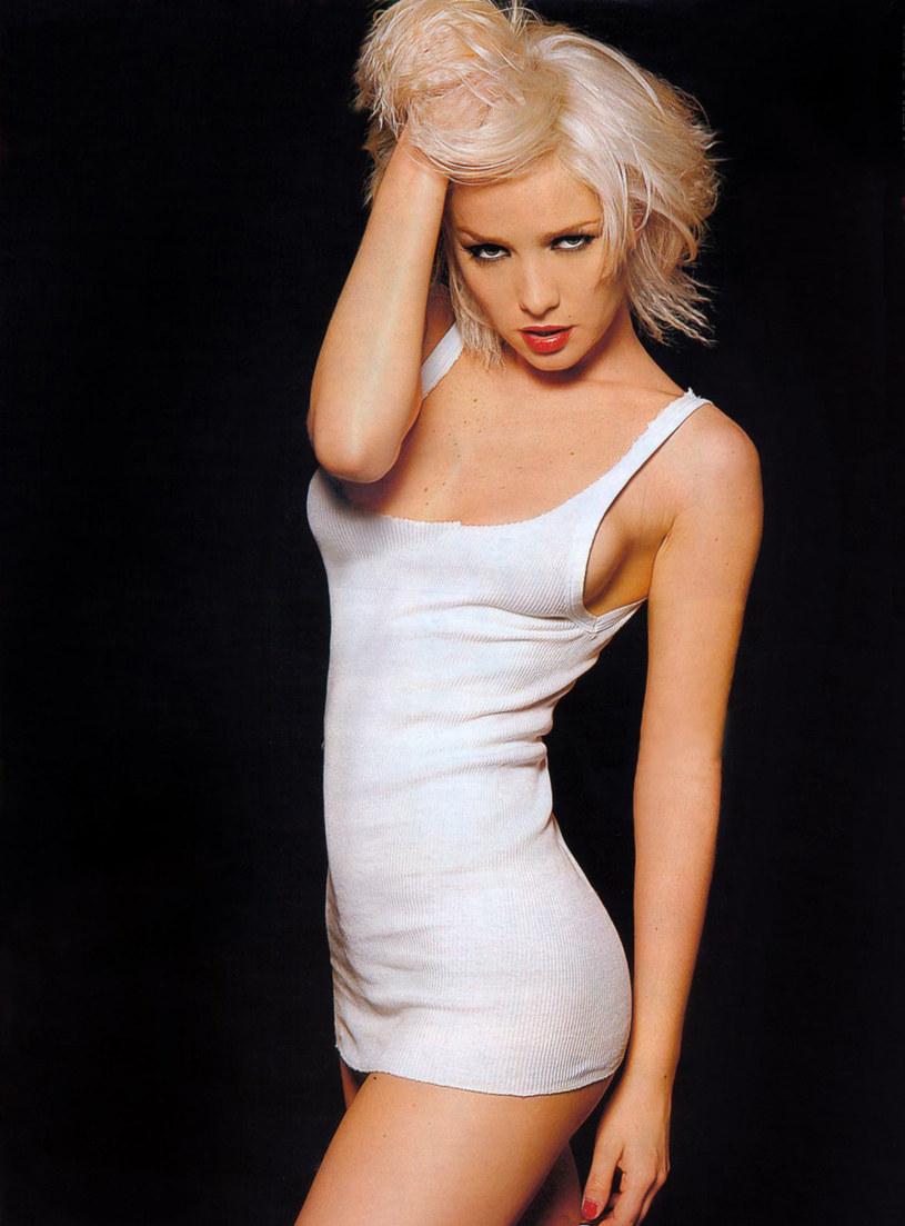"""Natalia nigdy nie miała problemu z nagością i akceptacją własnego ciała. W 2004 roku zagrała w erotycznej telenoweli """"El deseo"""" /materiały prasowe"""