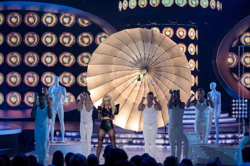 """Natalia Schroeder jako Lady Gaga w programie """"Twoja Twarz Brzmi Znajomo"""" /Polsat"""