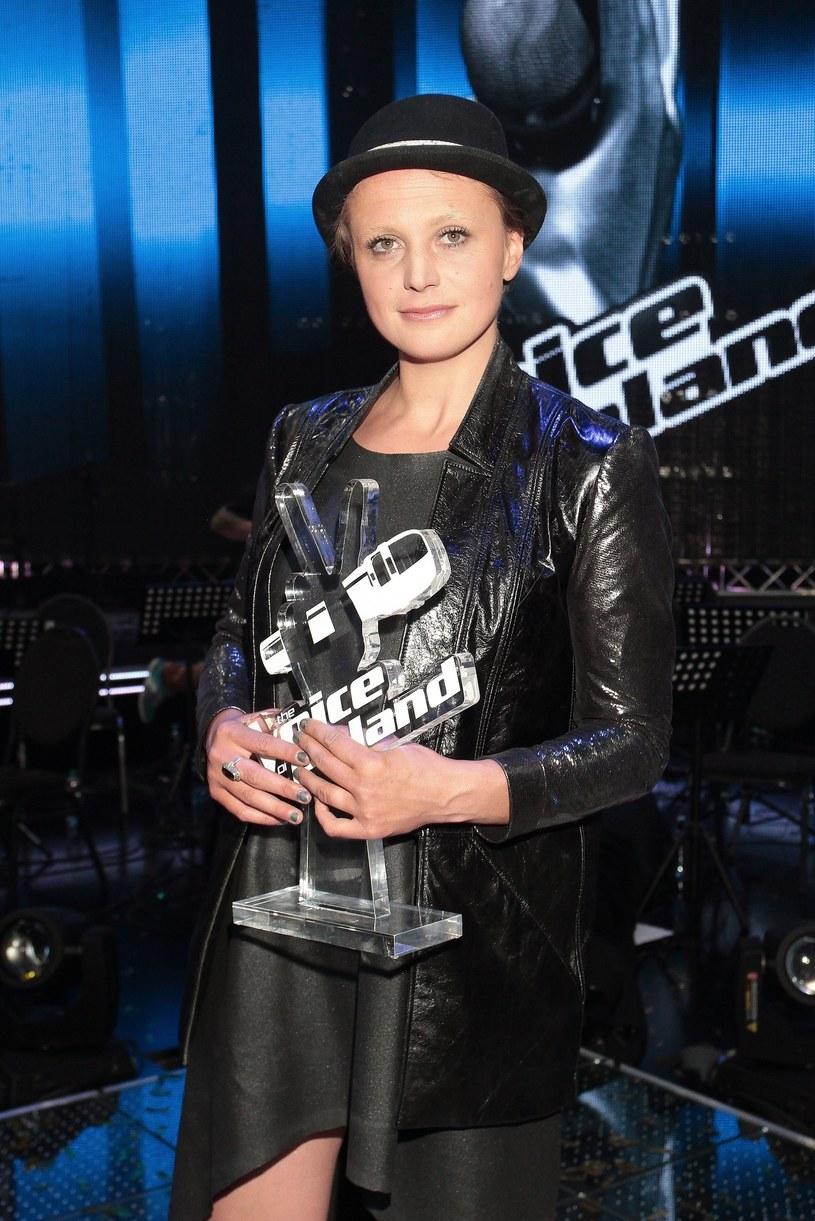"""Natalia Sikora po zwycięstwie w """"The Voice of Poland"""" (2013 rok) /Adam Jankowski /Reporter"""