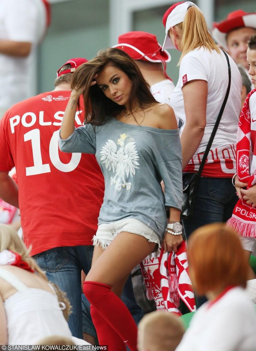 Natalia Siwiec podczas Euro 2012 /Stanisław Kowalczuk /East News