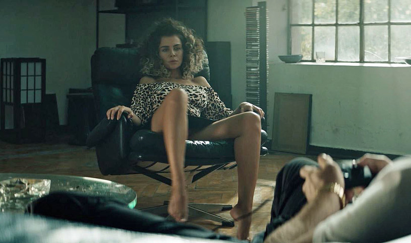 """Natalia Siwiec w scenie z filmu """"Jak zostałem gangsterem. Historia prawdziwa"""" /materiały prasowe"""