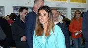 Natalia Siwiec w skąpym szlafroczku na targach kosmetycznych