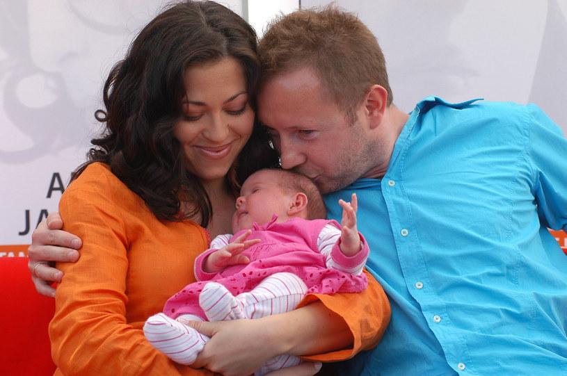 Natalia z mężem i małą Anią podczas promocji płyty z piosenkami Anny Jantar /Włodarski/REPORTER /Reporter