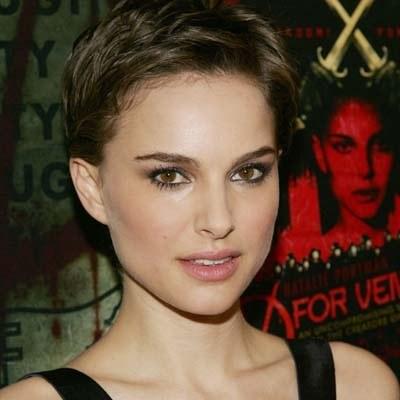 Natalie Portman będzie u Formana torurowana /AFP