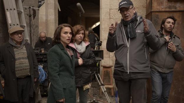 """Natalie Portman i Sławomir Idziak na planie """"A Tale of Love and Darkness"""" /materiały prasowe"""