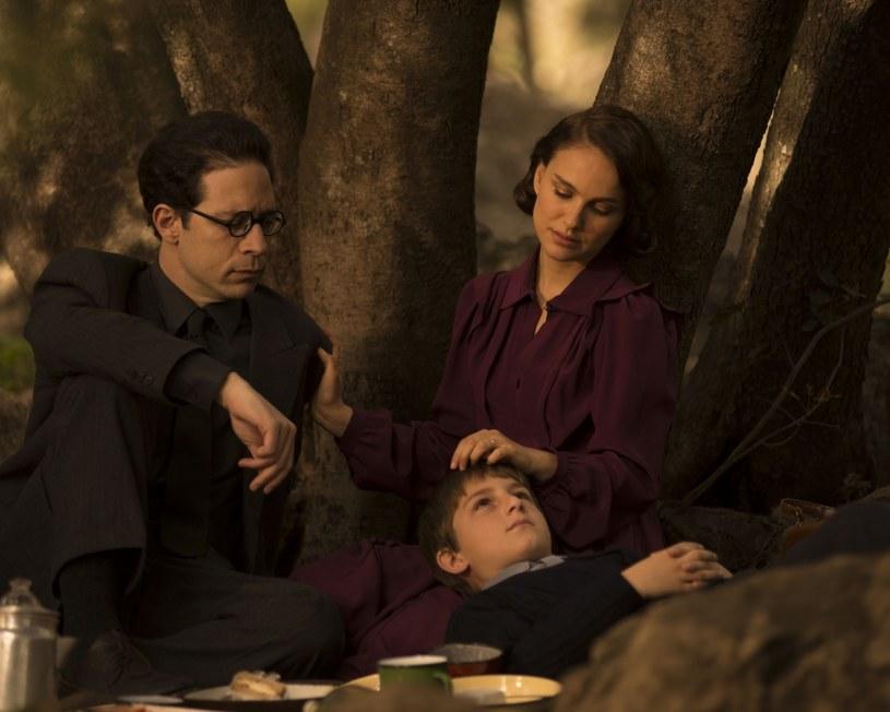 """Natalie Portman w filmie """"Opowieść o miłości i mroku"""" /materiały dystrybutora"""