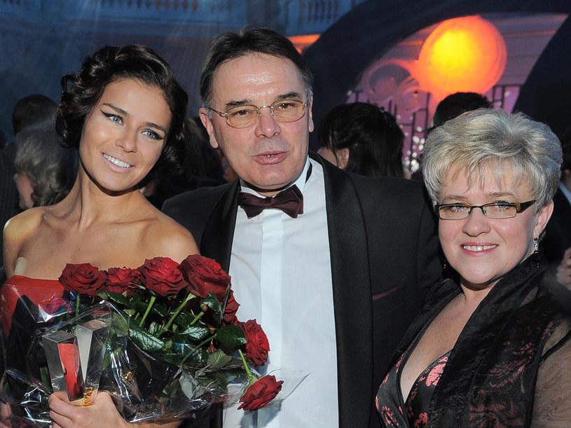Natasza Urbańska z rodzicami /MWMedia