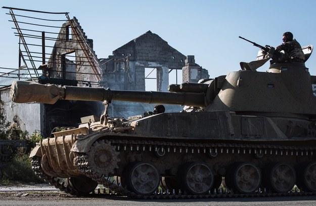 NATO: Rosja ma już na Ukrainie tysiące żołnierzy i setki czołgów