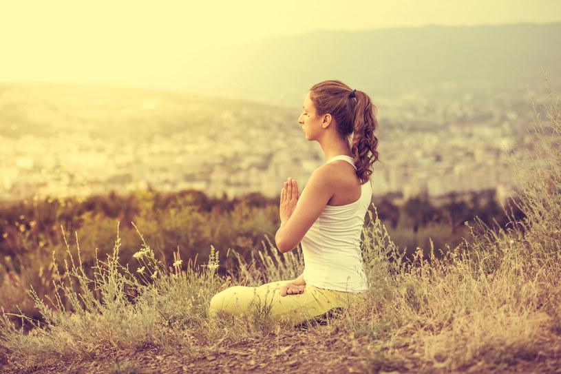 Naucz się relaksować. Odpoczywaj inaczej, niż pracujesz /123RF/PICSEL