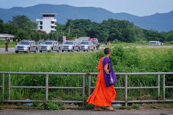 Nauczyciel drużyny w przeszłości był mnichem. Medytacja pomogła wszystkim przetrwać czas pod ziemią /Getty Images