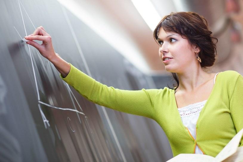 Nauczyciele nie będą mogli dorabiać /123RF/PICSEL