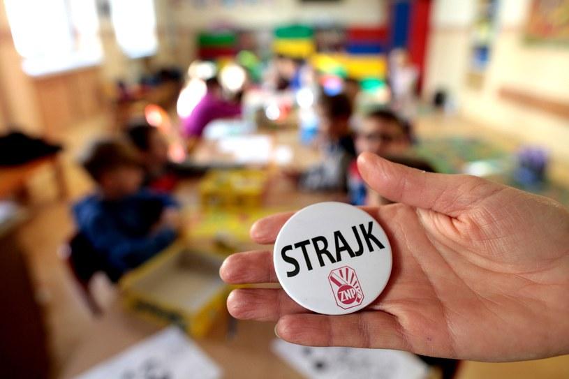 Nauczyciele zapowiadają bezterminowy strajk od 8 kwietnia /SLAWOMIR MIELNIK / NOWA TRYBUNA OPOLSKA /East News