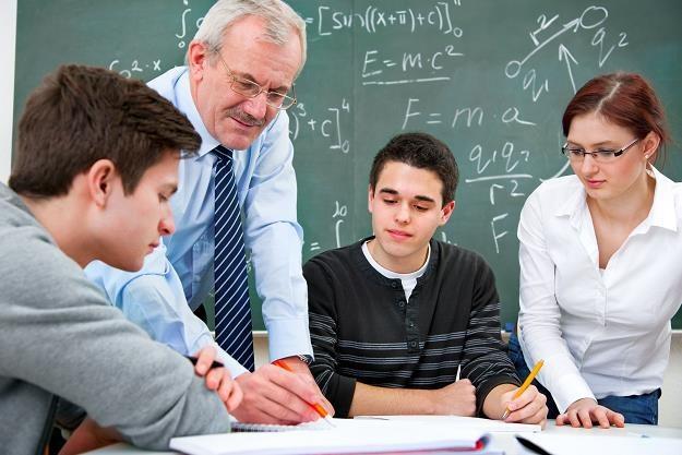 Nauczycielom przysługują świadczenia kompensacyjne /©123RF/PICSEL