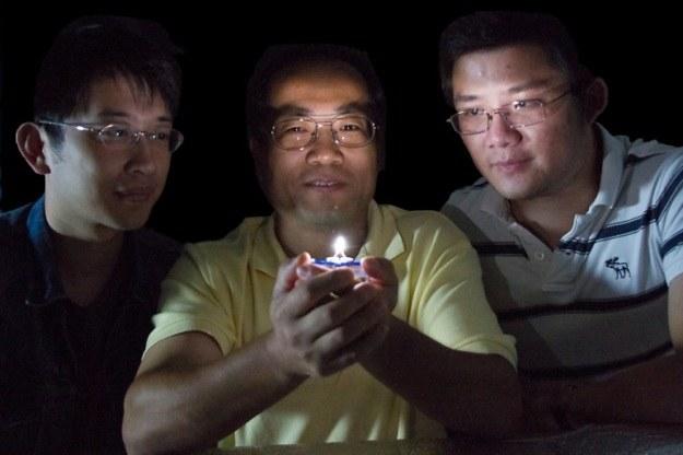 Naukowcom udało się stworzyć ciepłe, białe LED-y /materiały prasowe