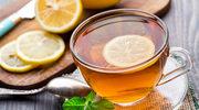 Naukowcy dowiedli, że ciepła herbata łagodzi stres