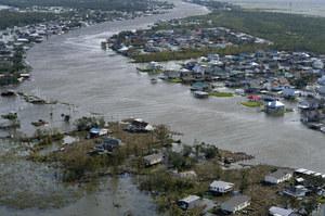 Naukowcy: Huragan Ida rezultatem zmian klimatycznych