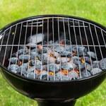 Naukowcy: Niebezpieczne związki w wielu paliwach stałych do grilla