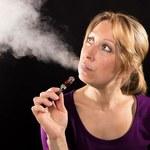 Naukowcy obalają mity na temat e-papierosów