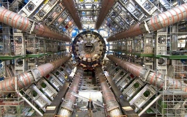 Naukowcy pracujący przy eksperymencie ALPHA w CERN stworzyli atomy antywodoru /materiały prasowe