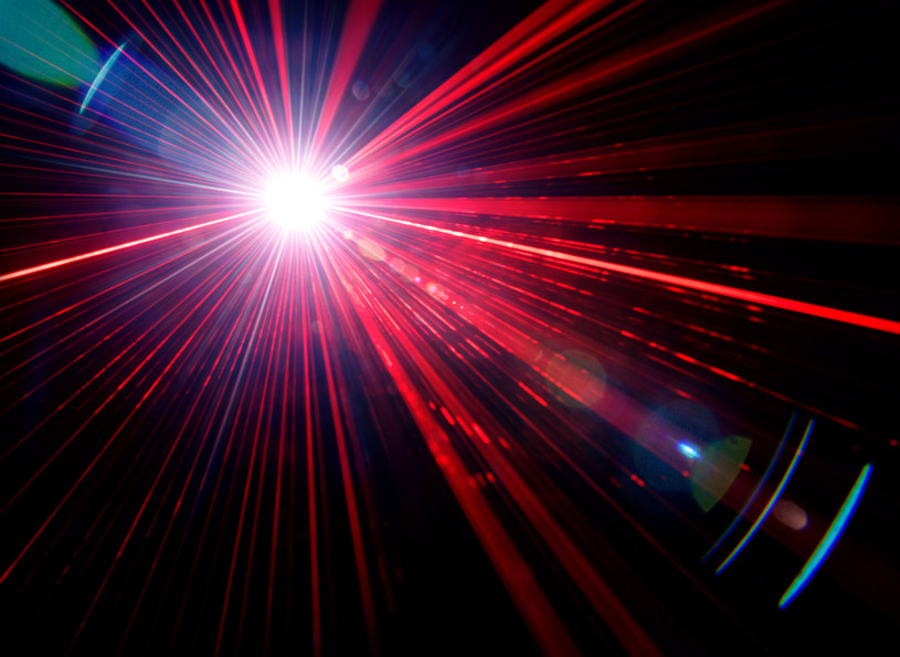 Naukowcy stworzyli potężny laser /123RF/PICSEL
