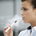 Naukowcy: WHO nie może potępiać e-papierosów