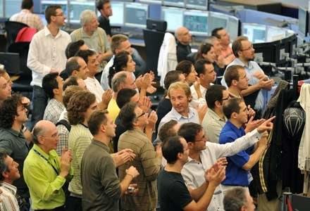 Naukowcy z CERN w oczekiwaniu na uruchomienie akceleratora LHC /AFP