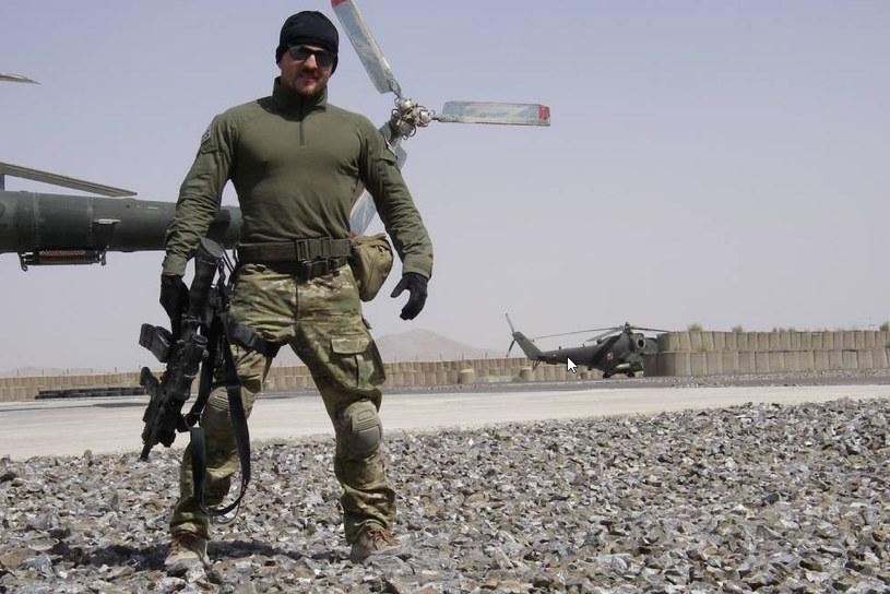Naval: - Wojna to nie rozrywka. To dwa lata mojego życia spędzonego w Afganistanie. /NAVAL /archiwum prywatne