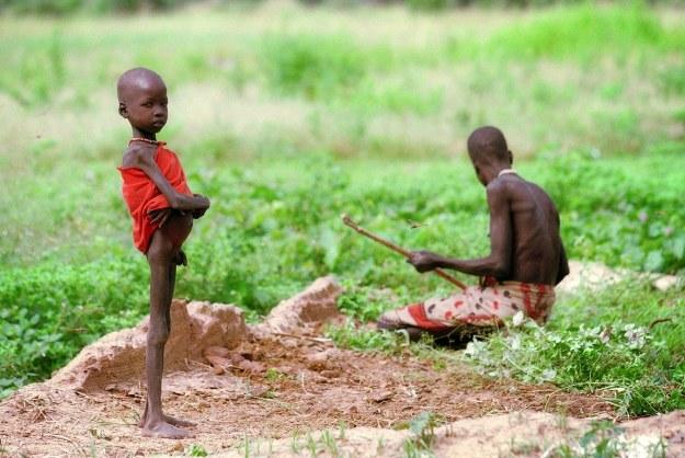 Nawet lokalny konflikt może doprowadzić do śmierci ponad 2 mld ludzi /AFP