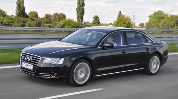 Nawet na autostradzie A8 4.2 TDI rzadko zużywa więcej niż 10 l paliwa na 100 km. /Motor