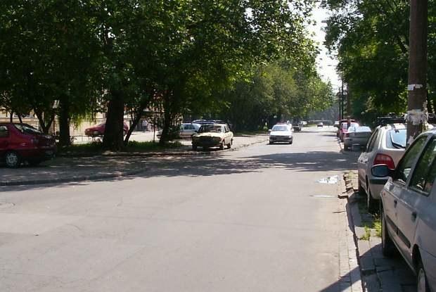 Nawet na drogach lokalnych trzeba szanować przepisy / Kliknij /INTERIA.PL
